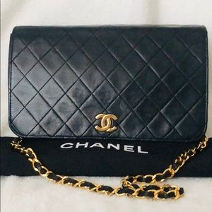 Auth CHANEL Lambskin Quilted Full Flap Chain Bag